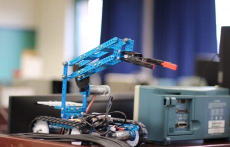grue robot mecanique ig2i